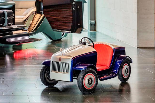 Bí ẩn đằng sau chiếc Rolls-Royce nhiều người cầm lái nhất trên thế giới - Ảnh 3.