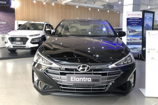 Hyundai Kona, Elantra giảm giá 40 triệu đồng, quyết lấy lại vị thế khi bị Kia Seltos, Cerato áp đảo - Ảnh 1.