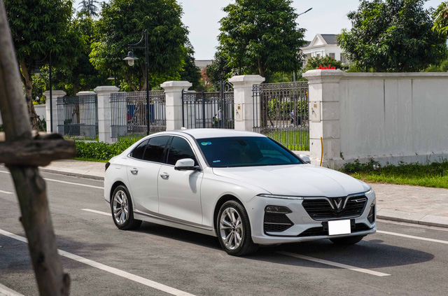 Mới chạy 20.000km, VinFast Lux A2.0 Plus bán lại ngang giá Mazda6 tiêu chuẩn - Ảnh 8.