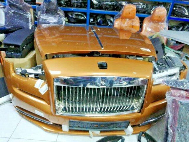 Chợ trời ô tô phương Tây: Đủ thứ trên đời, đèn pha Rolls-Royce giá 360 triệu, động cơ Ferrari hơn 1,9 tỷ đồng - Ảnh 5.