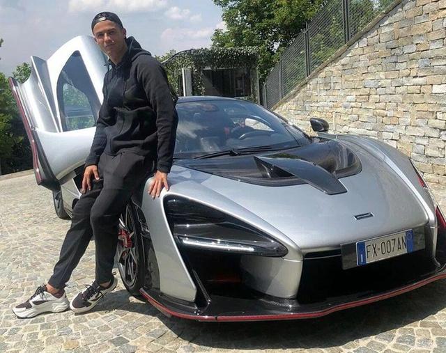 Bộ sưu tập xe của siêu cầu thủ Cristiano Ronaldo vừa lập kỷ lục ghi bàn tại Euro: Bugatti, Lamborghini, Rolls-Royce đủ cả, toàn hàng limited edition - Ảnh 10.