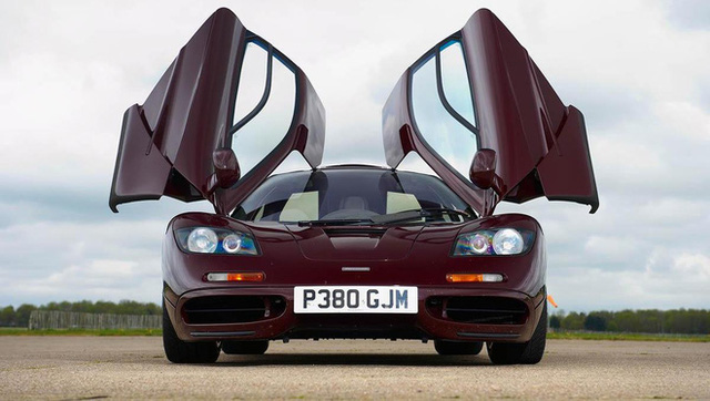 Chiếc xe kỳ lạ: Nhanh nhất thế giới suốt 10 năm, hai lần tai nạn, danh hài Mr. Bean bán đi vẫn lãi 10 triệu USD - Ảnh 3.