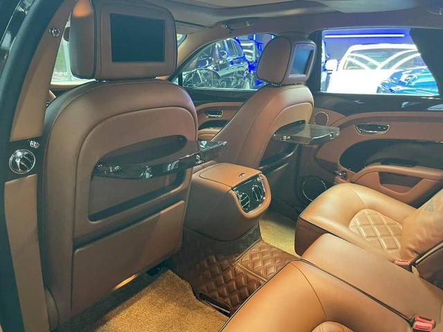 Sau 4 năm, Bentley Mulsanne Speed bán lại 'rẻ' ngang Mercedes-Maybach S 450 - Ảnh 5.