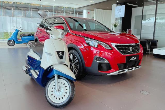 Peugeot 3008 và 5008 xả kho chờ bản mới: Giảm đến 150 triệu đồng, 5008 rẻ ngỡ ngàng so với Santa Fe - Ảnh 2.