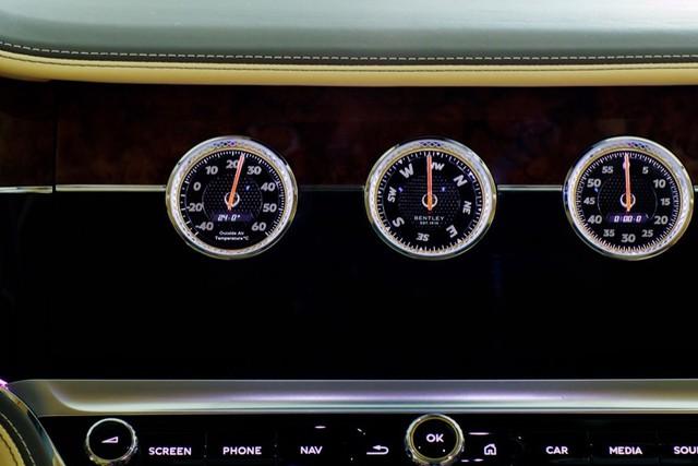 Bentley Flying Spur V8 First Edition chính hãng đầu tiên Việt Nam giá từ 18 tỷ đồng: Toàn trang bị xịn xò cho giới nhà giàu - Ảnh 10.