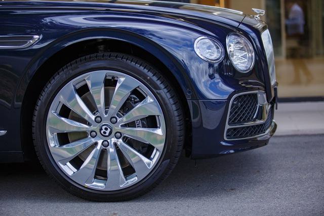 Bentley Flying Spur V8 First Edition chính hãng đầu tiên Việt Nam giá từ 18 tỷ đồng: Toàn trang bị xịn xò cho giới nhà giàu - Ảnh 7.