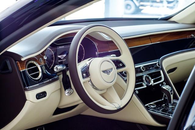 Bentley Flying Spur V8 First Edition chính hãng đầu tiên Việt Nam giá từ 18 tỷ đồng: Toàn trang bị xịn xò cho giới nhà giàu - Ảnh 9.