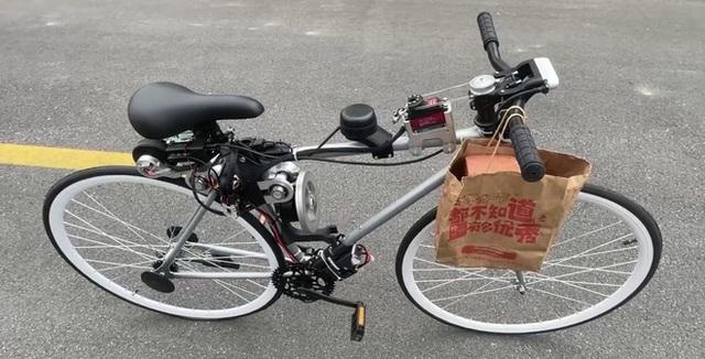Chạy xe đạp bị ngã sấp mặt, chàng kỹ sư quyết định chế tạo xe đạp tự cân bằng cho khỏi té nữa - Ảnh 3.