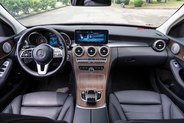 Mercedes-Benz C 200 Exclusive hạ giá sau 29.000km: Rẻ ngang C 180 AMG, trang bị đáng cân nhắc hơn bản mới - Ảnh 3.