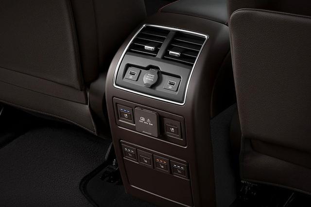 Mổ xẻ cặp vuông tròn ô tô VinFast vào Mỹ: Có tính năng duy nhất trên thị trường! - Ảnh 13.