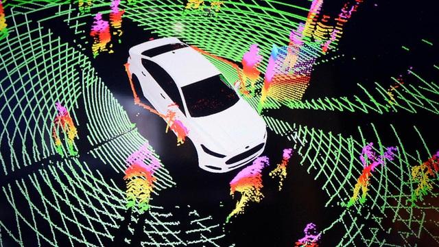 Mổ xẻ cặp vuông tròn ô tô VinFast vào Mỹ: Có tính năng duy nhất trên thị trường! - Ảnh 20.