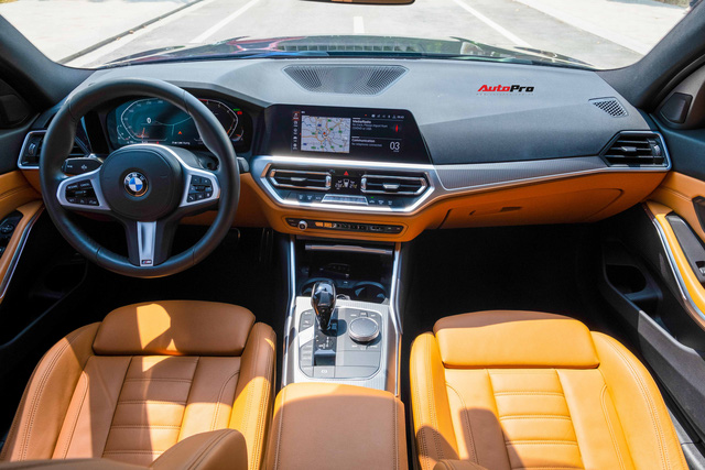 Chạy chưa tới 20.000km, dân chơi hạ giá BMW 330i M Sport rẻ hơn xe mua mới 260 triệu đồng - Ảnh 4.