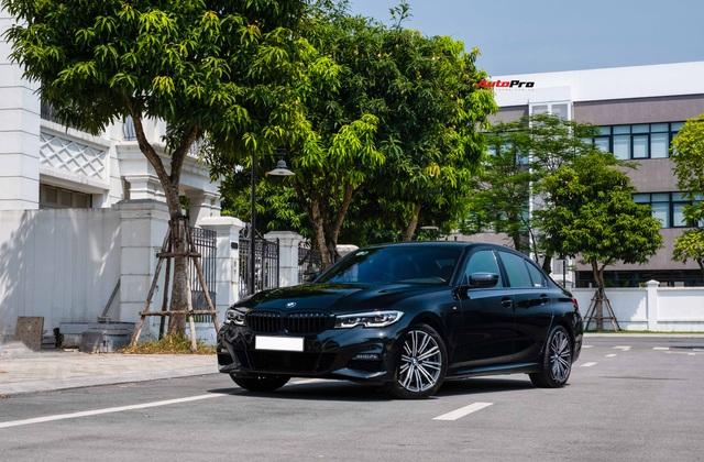 Chạy chưa tới 20.000km, dân chơi hạ giá BMW 330i M Sport rẻ hơn xe mua mới 260 triệu đồng - Ảnh 8.