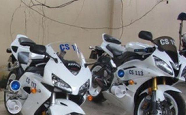 Hi hữu, hai xe máy chuyên dụng trong trụ sở công an bị mất trộm - Ảnh 1.