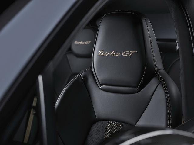 Porsche Cayenne bổ sung phiên bản mạnh nhất từ trước tới nay, tăng tốc nhanh khiến Lamborghini Urus ngửi khói - Ảnh 9.