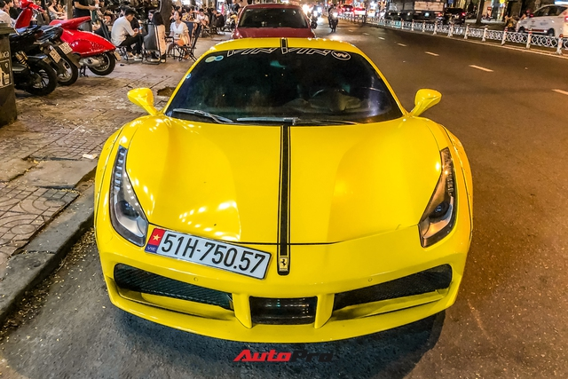 Ferrari 488 GTB độ Liberty Walk độc nhất Việt Nam của doanh nhân kinh doanh online tiếp tục thay áo - Ảnh 1.