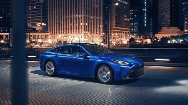 Chiếc xe xanh hạ gục mọi ô tô điện khác về tầm xa: Nạp 1 lần đi hơn 1000km! - Ảnh 1.