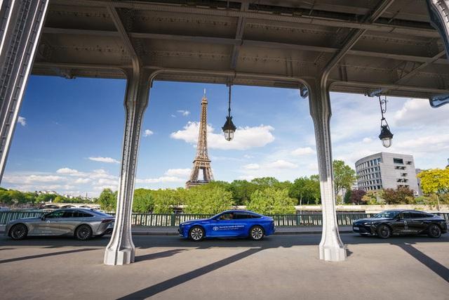 Chiếc xe xanh hạ gục mọi ô tô điện khác về tầm xa: Nạp 1 lần đi hơn 1000km! - Ảnh 4.