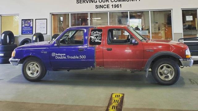 Đây là chiếc Ford Ranger khiến người nhìn mất phương hướng, tương lai có thể lái được từ cả 2 đầu