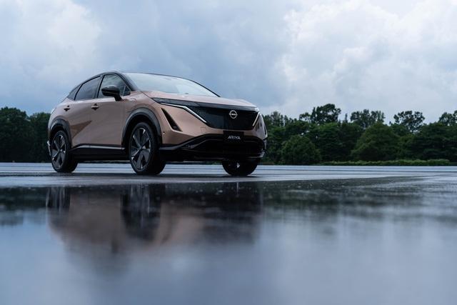 Nissan Ariya tạm hoãn sản xuất, chậm ngày về Việt Nam cạnh tranh VinFast VF e34 - Ảnh 1.