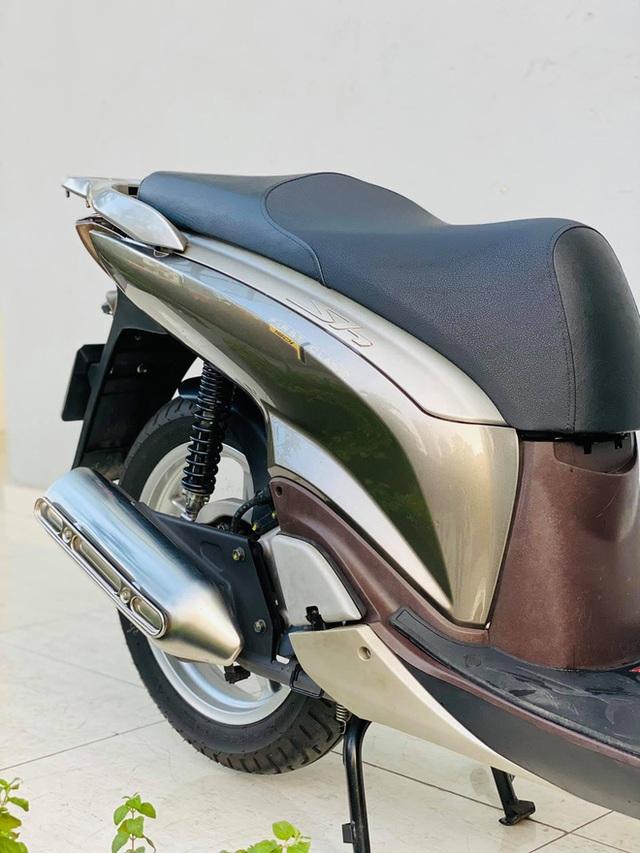 Honda SH 150i 10 năm tuổi vẫn đẹp khó tin, bán giá bất ngờ - Ảnh 5.