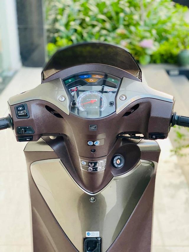 Honda SH 150i 10 năm tuổi vẫn đẹp khó tin, bán giá bất ngờ - Ảnh 6.
