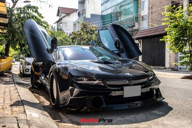 BMW i8 độ widebody độc nhất Việt Nam: Bodykit gia công bởi thợ Việt, riêng bộ phuộc đủ mua Honda SH - Ảnh 1.
