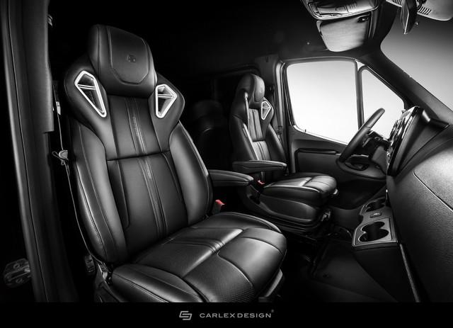 Mercedes-Benz Sprinter thêm nửa tỷ để trở thành bản độ siêu ngầu từ trong ra ngoài - Ảnh 4.