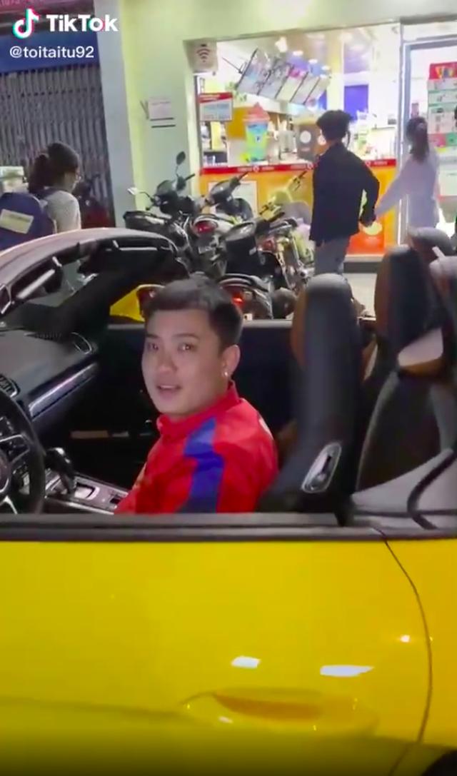 Anh shipper đi giao đồ ăn bằng Lamborghini khiến dân tình sốc nặng, nghe mức giá của con siêu xe còn muốn té xỉu hơn! - Ảnh 5.