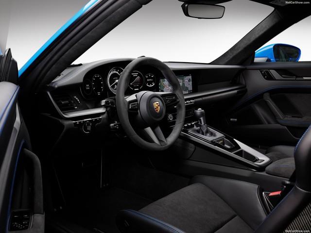 Đại lý tư nhân chào hàng Porsche 911 GT3 thế hệ mới: Phiên bản 911 mạnh mẽ nhất từ hãng xe Đức - Ảnh 6.