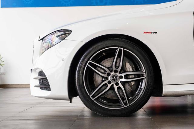 Chủ nhân Mercedes-Benz E 300 AMG rao bán xe giá 2,6 tỷ, tiết lộ vừa mất 200 triệu để lột xác nội/ngoại thất - Ảnh 3.