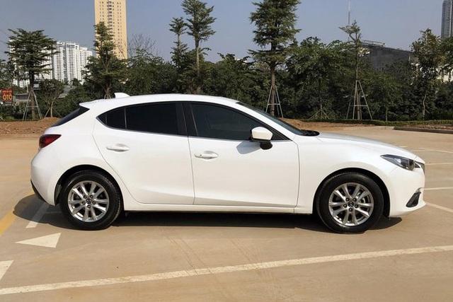 Bán Mazda3 'xuống đời' Toyota Yaris, người dùng đánh giá: 'Lành, rộng hơn nhưng không đẹp sang bằng' - Ảnh 3.
