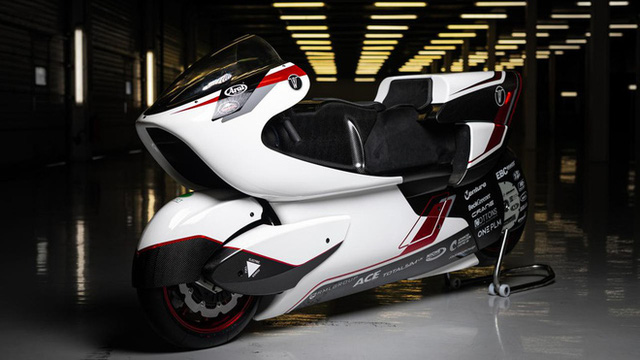 Xe máy điện 2 tầng tốc độ khủng khiếp 400km/h, ngang ngửa thần gió Bugatti Veyron - Ảnh 9.
