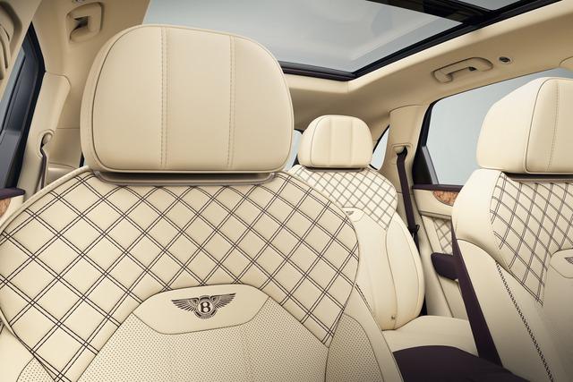 Bentley Mulliner ra mắt Bentayga siêu hiếm: Khoang cabin ốp gỗ quý, màu sơn ngoại thất lấy cảm hứng từ quả cà tím - Ảnh 2.