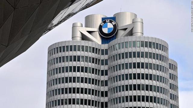 Volkswagen và BMW bị phạt 1 tỷ USD vì vi phạm luật cạnh tranh - Ảnh 1.