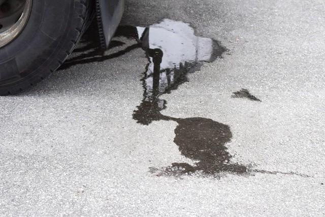 Những dấu hiệu cho thấy chiếc xe sắp phải đi sửa - Ảnh 2.