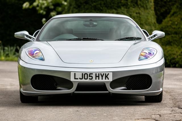 Tự nhiên thành trend, Ferrari số sàn đời cổ tăng giá cao ngất ngưởng, có xe đắt gấp đôi, hốt bạc cho ai đầu cơ để bán - Ảnh 1.
