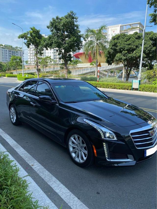 Chạy lướt 18.000km, hàng hiếm Cadillac CTS hạ giá chỉ 1,7 tỷ đồng - Ảnh 1.