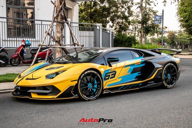 Cận cảnh Lamborghini Aventador SVJ độ lên phiên bản cực giới hạn của đại gia Việt - Ảnh 2.