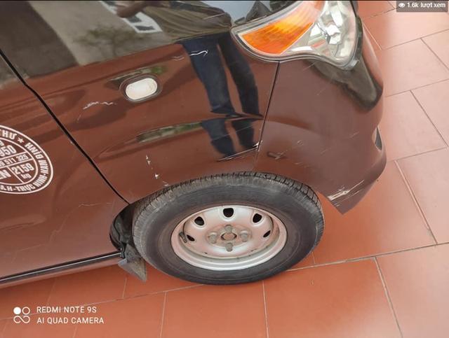 Thanh niên hổ báo đập phá ô tô chỉ vì hành động quen thuộc với hàng triệu tài xế - Ảnh 2.