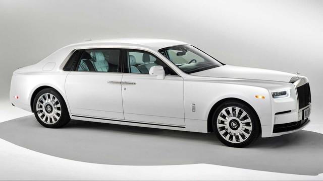 Vợ chồng nhà người ta kỷ niệm ngày cưới bằng 2 chiếc Rolls-Royce hàng thửa siêu hiếm - Ảnh 4.
