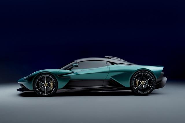 Ra mắt Aston Martin Valhalla bản thương mại - Siêu xe mang thiết kế lạ, hộp số lạ và động cơ hoàn toàn mới của hãng xe Anh quốc - Ảnh 4.