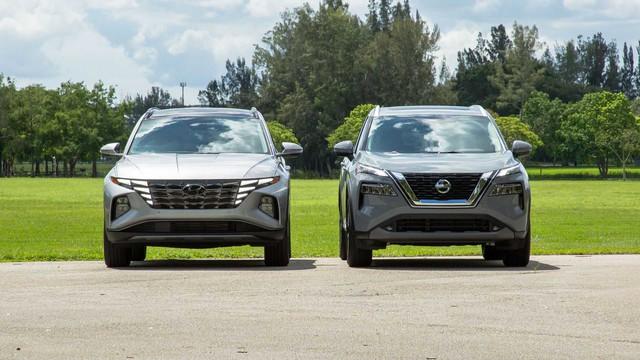 Hyundai Tucson 2021 vs Nissan X-Trail 2021: Cuộc đua gay cấn về tiện nghi và công nghệ giữa cặp đôi SUV Hàn, Nhật - Ảnh 2.