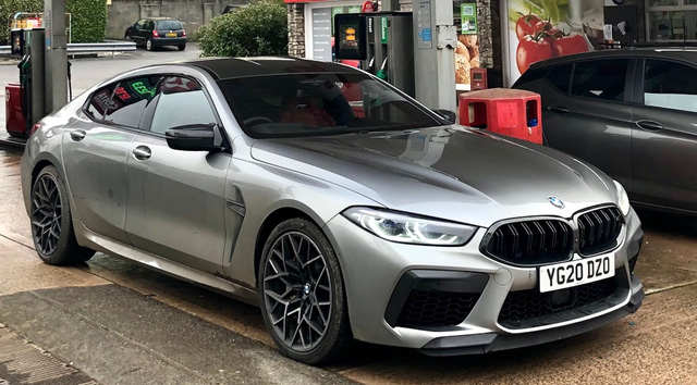 Lái BMW M8 Gran Coupe trong 7 tháng, chuyên gia đánh giá: Dùng lâu mới thấy nhiều bất tiện, được cái lái sướng - Ảnh 1.
