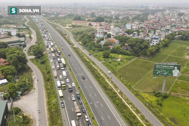 Kiểm soát 100% người và phương tiện vào Hà Nội, xe ùn tắc gần 3km tại trạm thu phí Pháp Vân - Cầu Giẽ - Ảnh 14.