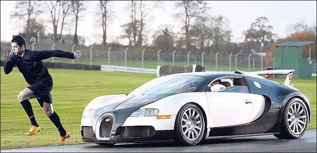 10 người nổi tiếng thế giới sở hữu dàn xe thể thao siêu tốc độ - Ảnh 11.