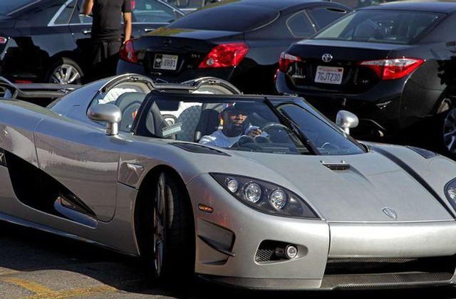 10 người nổi tiếng thế giới sở hữu dàn xe thể thao siêu tốc độ - Ảnh 9.