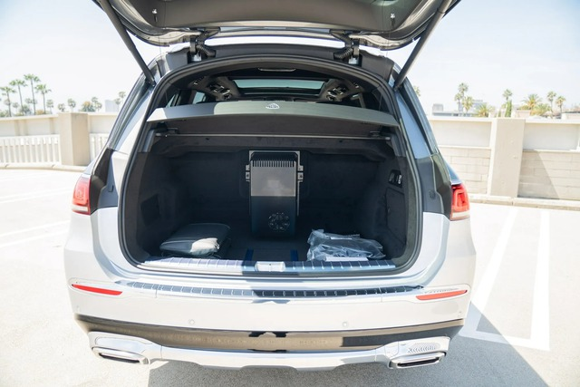 Lộ giá Mercedes-Maybach GLS 600 chính hãng - Quyết tâm hạ bệ xe tư nhân với mức giá rẻ hơn ít nhất 3,5 tỷ đồng - Ảnh 5.