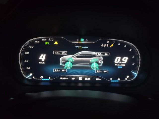 Chủ xe MG HS 2.0 trải lòng: Mua xe mới mà đắng nghẹn, giá gần tỷ giờ bán lại chắc người ta trả 700 triệu đồng - Ảnh 2.