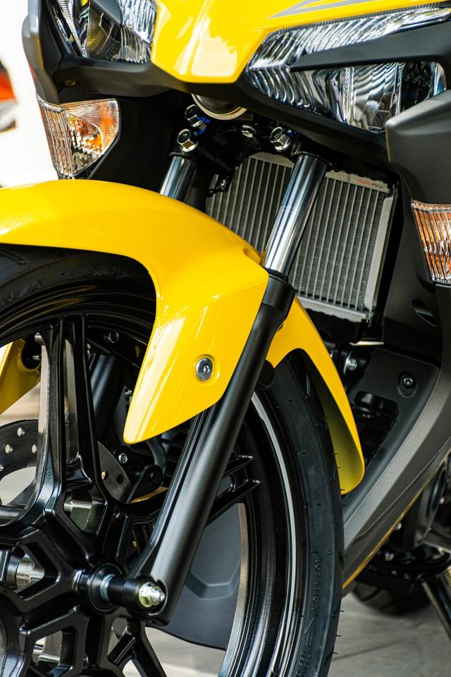 Yamaha Exciter 155 mới về đại lý: Dân chơi tò mò bộ phụ kiện như PKL từ 99 nghìn đồng - Ảnh 10.
